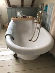 Roll top bath, 1 of 2 bathrooms
