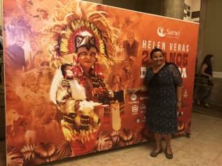 Apresentação do Boi Garantido no Teatro de Manaus