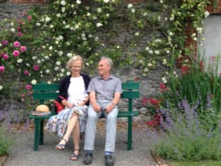 Cor and Una in Butler House Gardens, Kilkenny