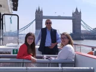 Carla,Marivi & Lucas. (April 2019)