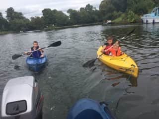 Kayaking on the river Wey and Thames