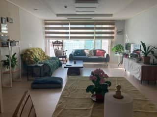 Living room/Dining room nook