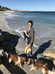 Helen, Nell, Myffy and grandchild no 3 in South Fremantle