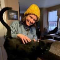 Profile image for pet sitter Laurel