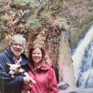 Profile image for pet sitters Erin & Jeff