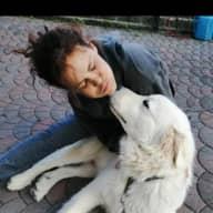 Profile image for pet sitter Mia