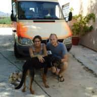 Profile image for pet sitters Lars & Daria
