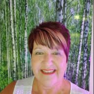 Profile image for pet sitter Laurie
