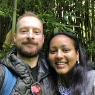Profile image for pet sitters Dina & Brian