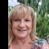 Profile image for pet sitter Sharilene