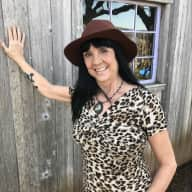 Profile image for pet sitter Linda