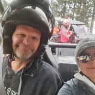 Profile image for pet sitters Mike & Jeanne
