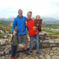 Profile image for pet sitters Caroline & Ryan
