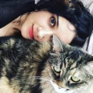 Profile image for pet sitter Yalda