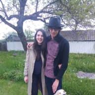 Profile image for pet sitters Florina & Stefan