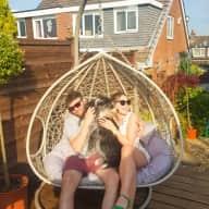 Profile image for pet sitters Beth & Sam