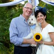 Profile image for pet sitters Jennifer & Scott