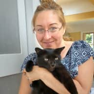 Profile image for pet sitter Robynn