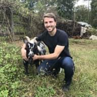 Profile image for pet sitter Javier