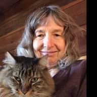 Profile image for pet sitter Virginia