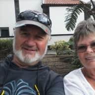 Profile image for pet sitters King & Linda