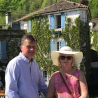 Profile image for pet sitters Aileen & Richard