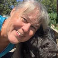 Profile image for pet sitter Valerie