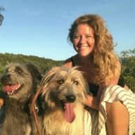 Profile image for pet sitters Ashley & Nicolas