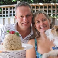 Profile image for pet sitters Susie & Tim