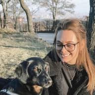Profile image for pet sitter Darlene