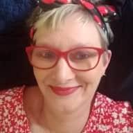 Profile image for pet sitter Deb Marian