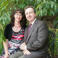 Profile image for pet sitters Beth & Brian