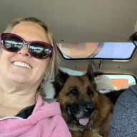 Profile image for pet sitters Dianne & Dan