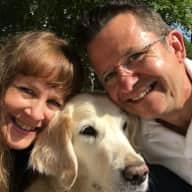 Profile image for pet sitters Rachel & Justin