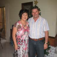 Profile image for pet sitters Wendy & Ross