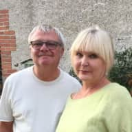 Profile image for pet sitters Belinda & Lee