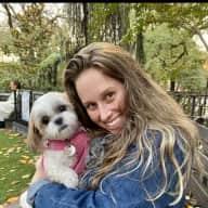 Profile image for pet sitter Leslie