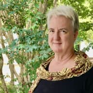 Profile image for pet sitter Maureen
