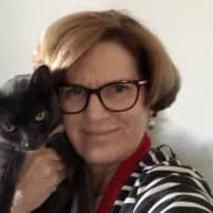 Profile image for pet sitter Dee-na