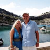 Profile image for pet sitters Jeanette & James