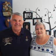 Profile image for pet sitters Wendy & Michael