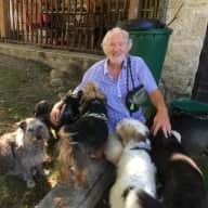 Profile image for pet sitters Jonathan & Felicity