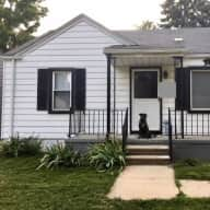 Cozy Detroit Area home w/ a sweet and easy dog - safe neighborhood & great location