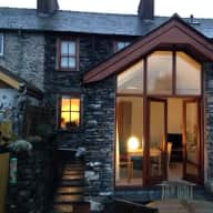 Lake District National Park - Bright spacious cottage, sunny quiet garden, open countryside access.