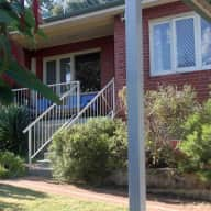 8 min from Fremantle, peaceful home, lovely dog!