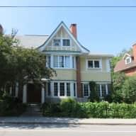 House and dog sitter needed near University of Ottawa