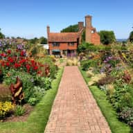 Housesitters required for beautiful country house