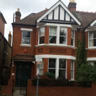 Comfortable house in SW London