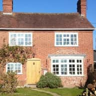 Housesitter needed for lovely country cottage