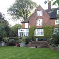 Experienced house sitters needed for our dog and 2 cats in our lovely family house close to Hampstead Heath